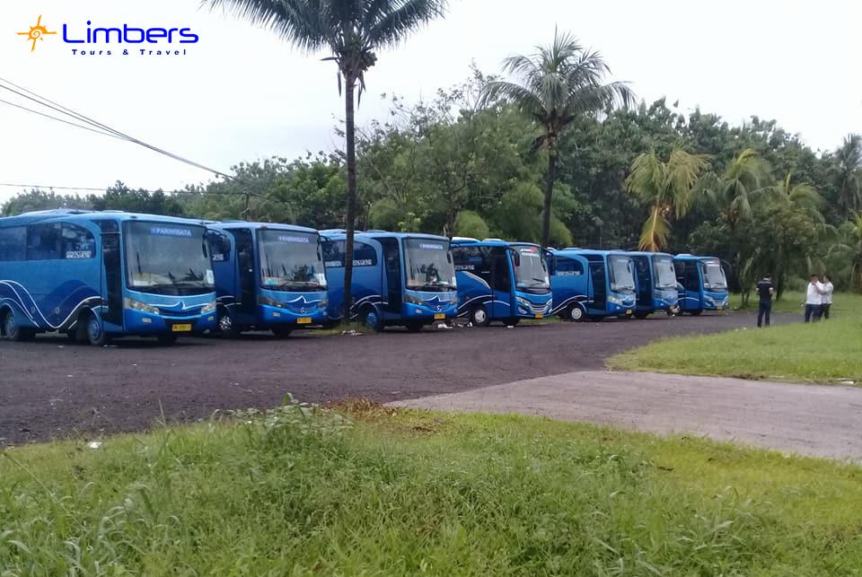 Bus Limbers pada ngumpul